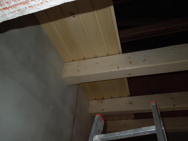 Náš chalupársky sen (Alfa 105) - 2.12.2012 začal sa nabíjať strop