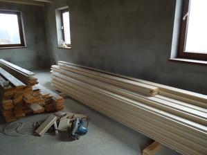 2.12.2012 plná obývačka dreva - dúfam, že v stredu už bude na strope :-)