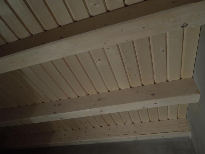 Náš chalupársky sen (Alfa 105) - 2.12.2012 prvé izby nabité a začína byť aj teplejšie v dome