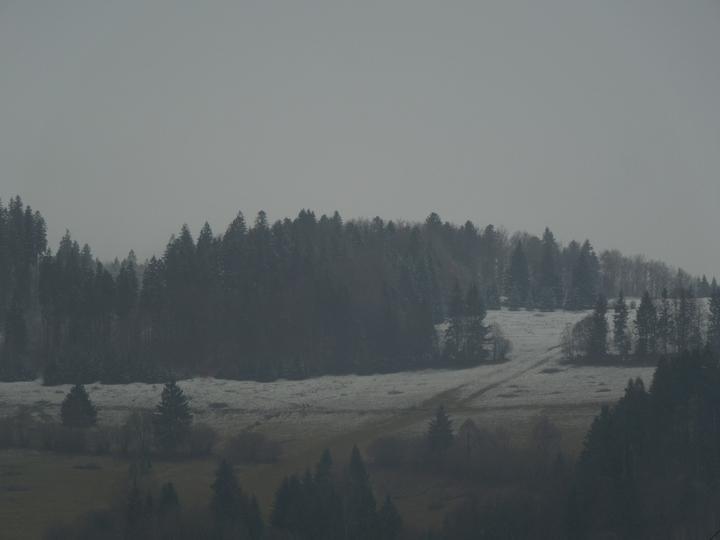 Náš chalupársky sen (Alfa 105) - 2.12.2012 krajinka začína naberať zimný charakter
