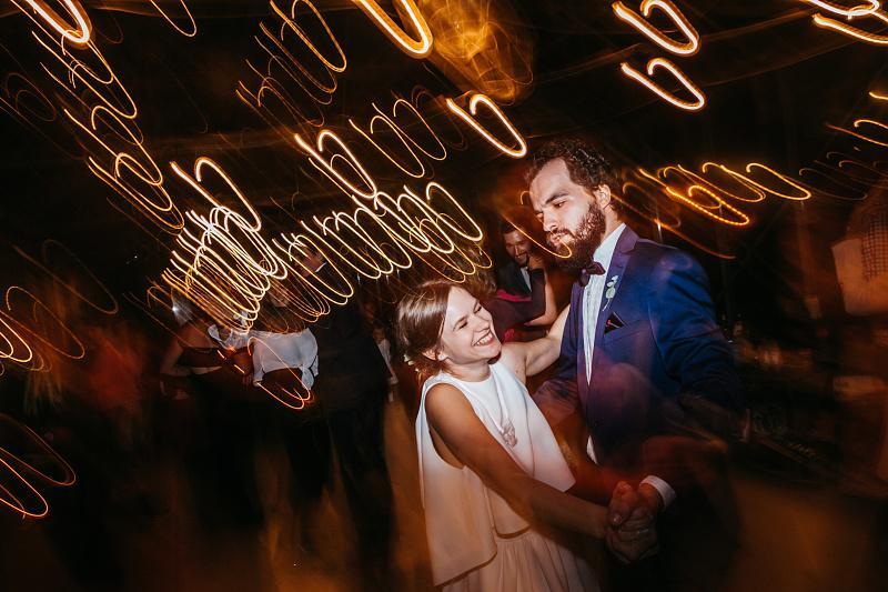 Minulý rok som bol priateľom na krásnej svadbe - v skleníku. Zážitok naživo aj na fotkách :-) http://www.petermeciar.sk/n-j - Obrázok č. 3