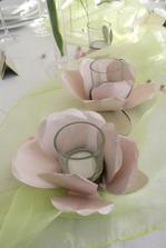 barva svatby-jamna pastelova ruzovo-zeleno-bila