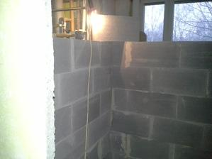 roh v koupelně