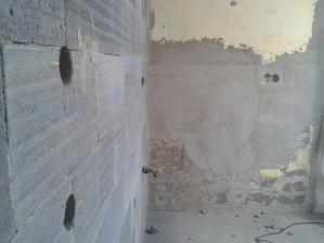 i p.plyn :-) no se zedník je vážně prča co on s te pusu vypustí stoji za to