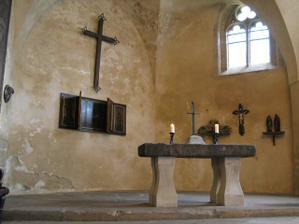 Kaple hradu Kost