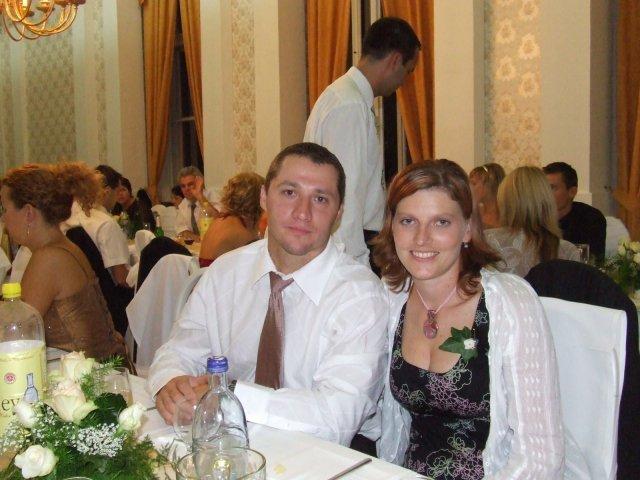 Lucka a Maťko - my dvaja u kamošky na svadbe min rok