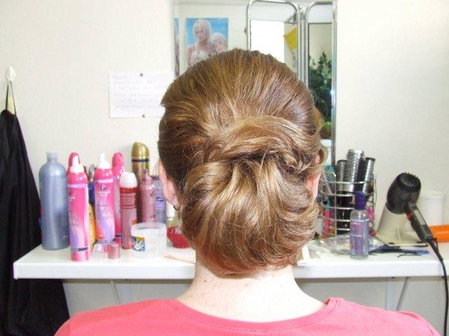 Lucka a Maťko - č. 3 zozadu - vlasy už neuhladené  po toľkom prečesávaní a prehadzovaní