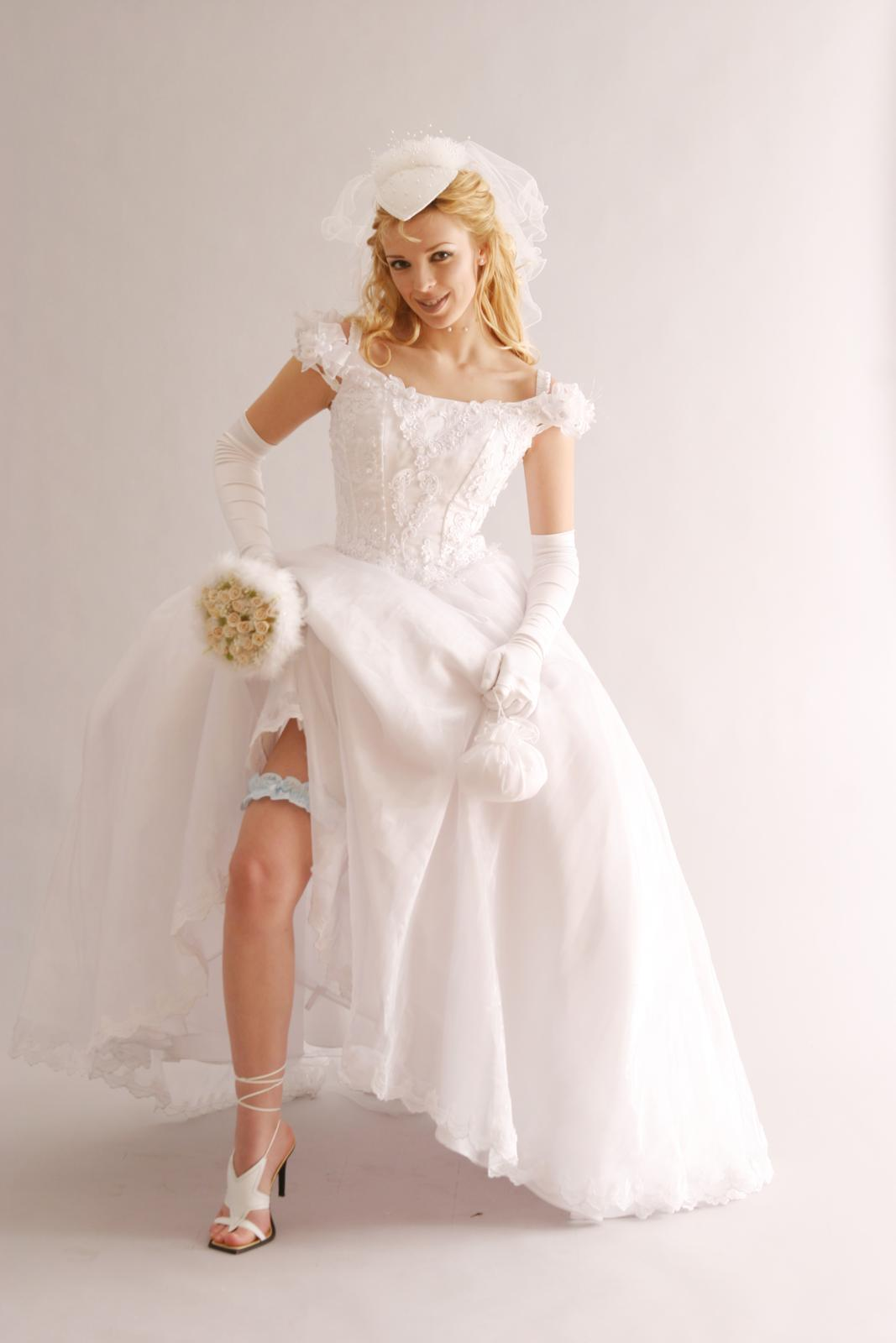 princeznovske svadobne saty - Obrázok č. 4