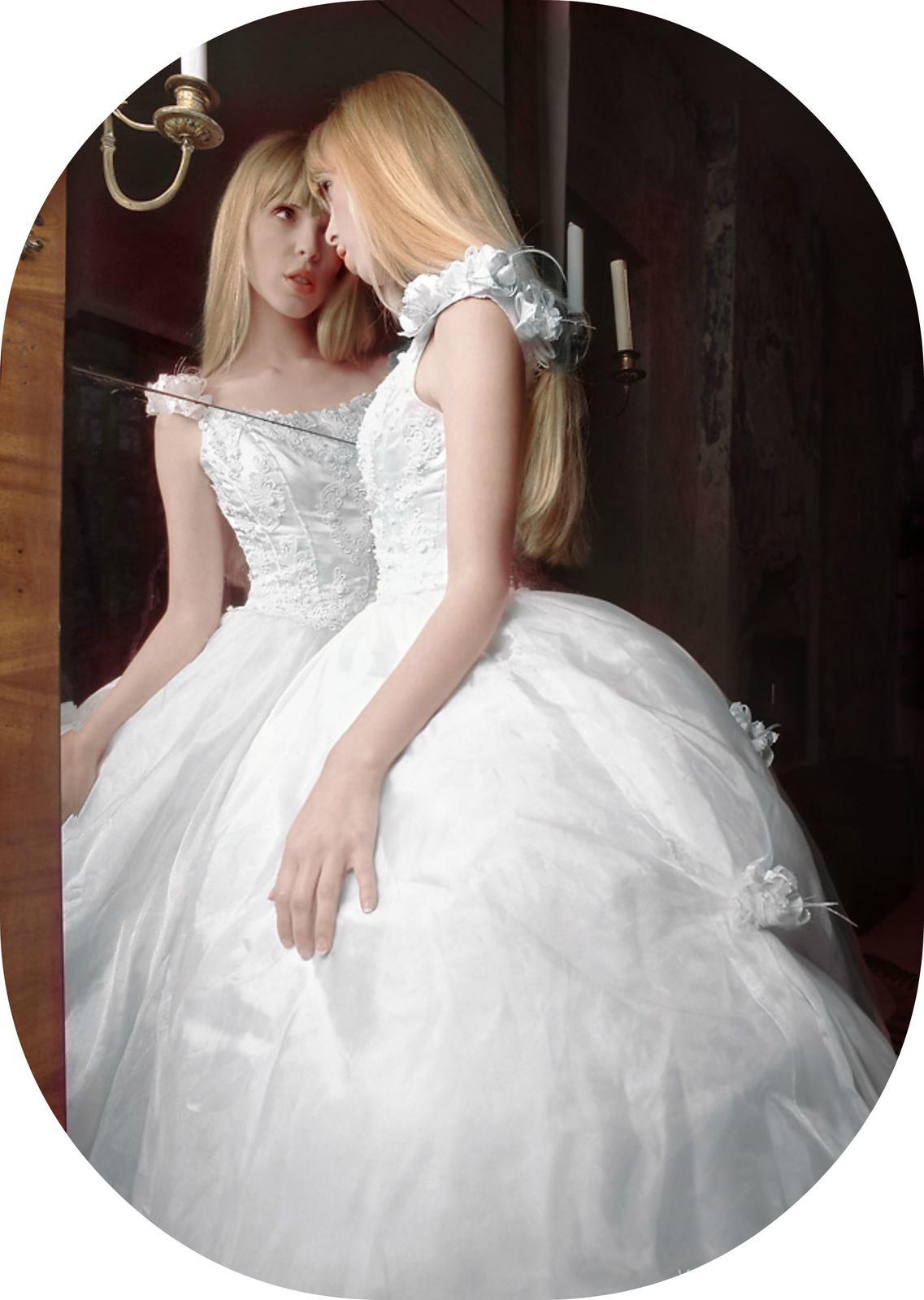 princeznovske svadobne saty - Obrázok č. 1