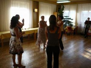 první tanečníci