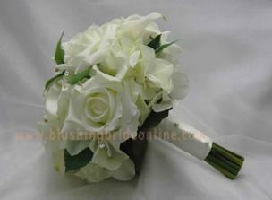 svadobná kytička moja je z bielych ruží+orchidei objednaná