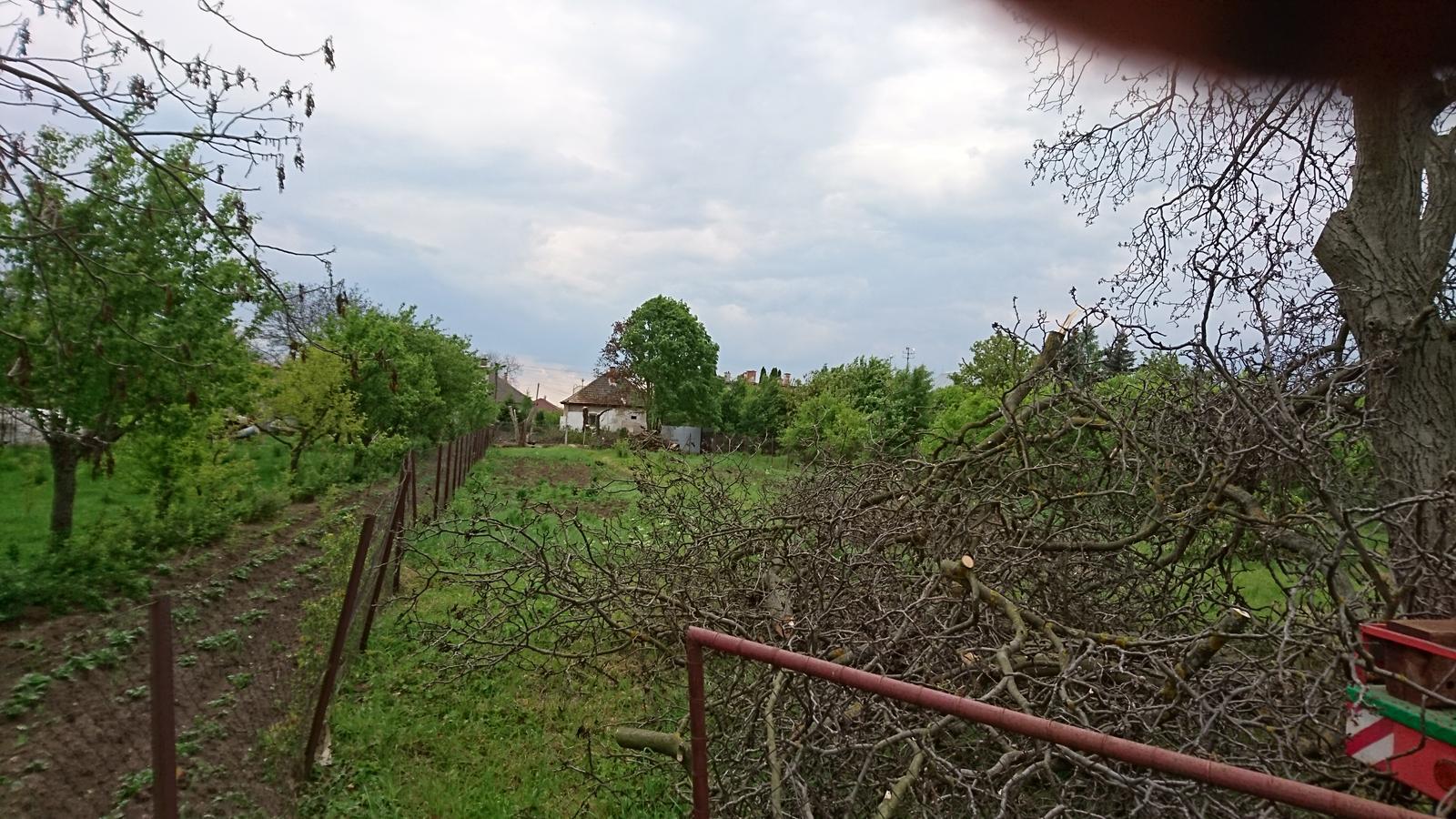 Pozemok + projekt + hruba stavba - Obrázok č. 16