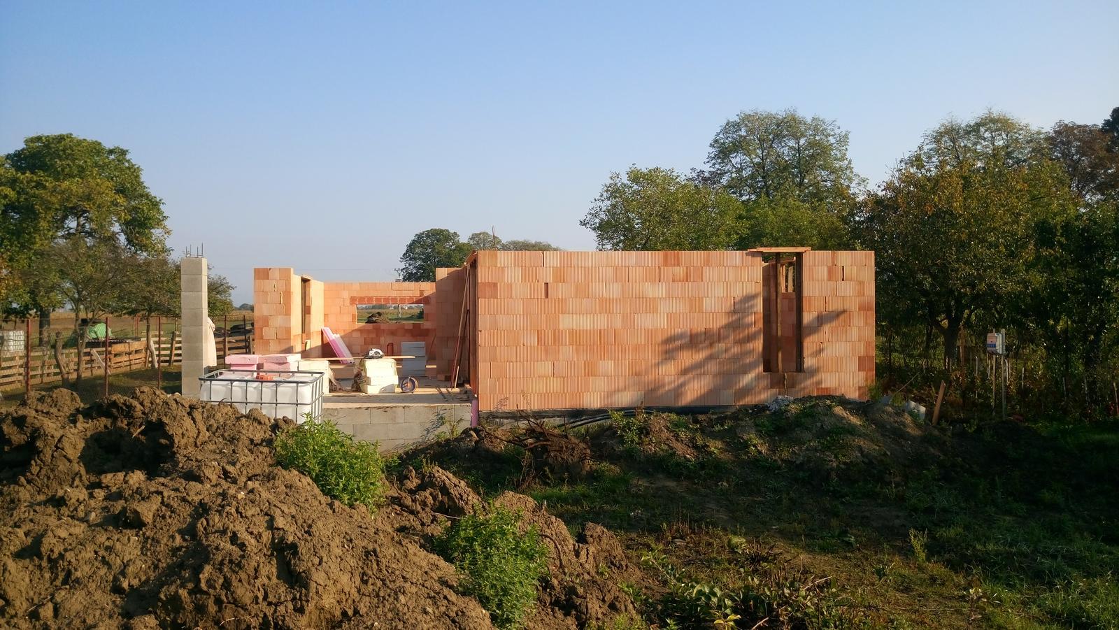 Pozemok + projekt + hruba stavba - Obrázok č. 78