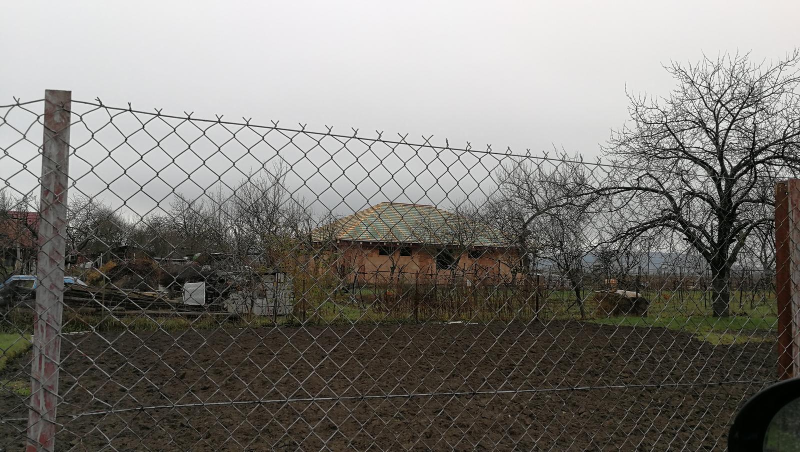 Pozemok + projekt + hruba stavba - Obrázok č. 147