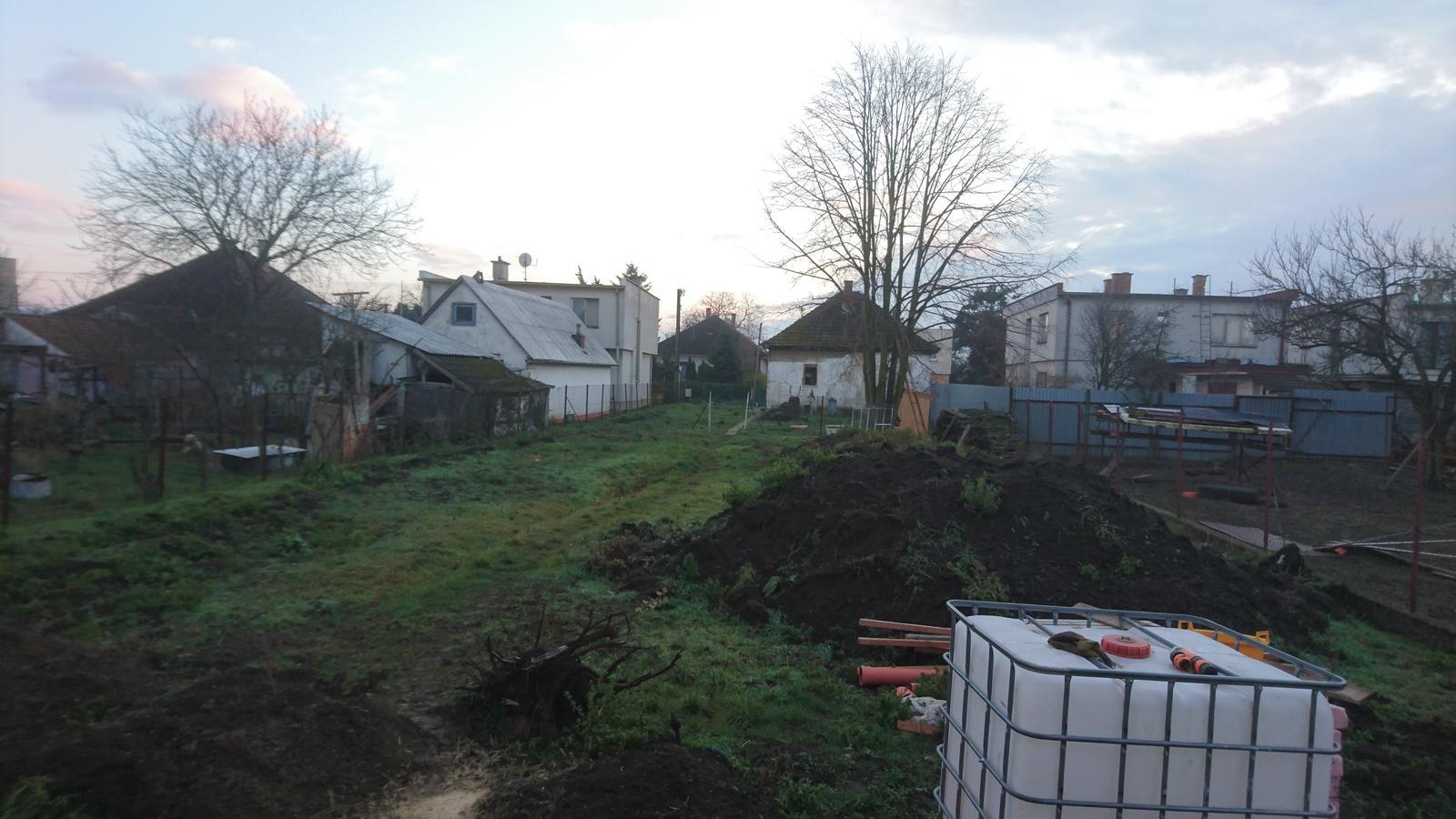 Pozemok + projekt + hruba stavba - Obrázok č. 157