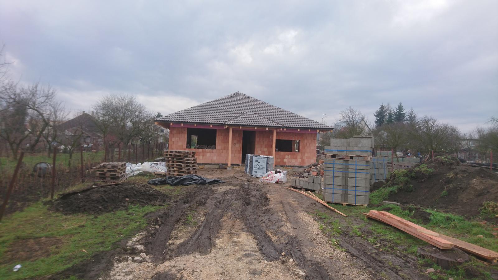 Pozemok + projekt + hruba stavba - Obrázok č. 172