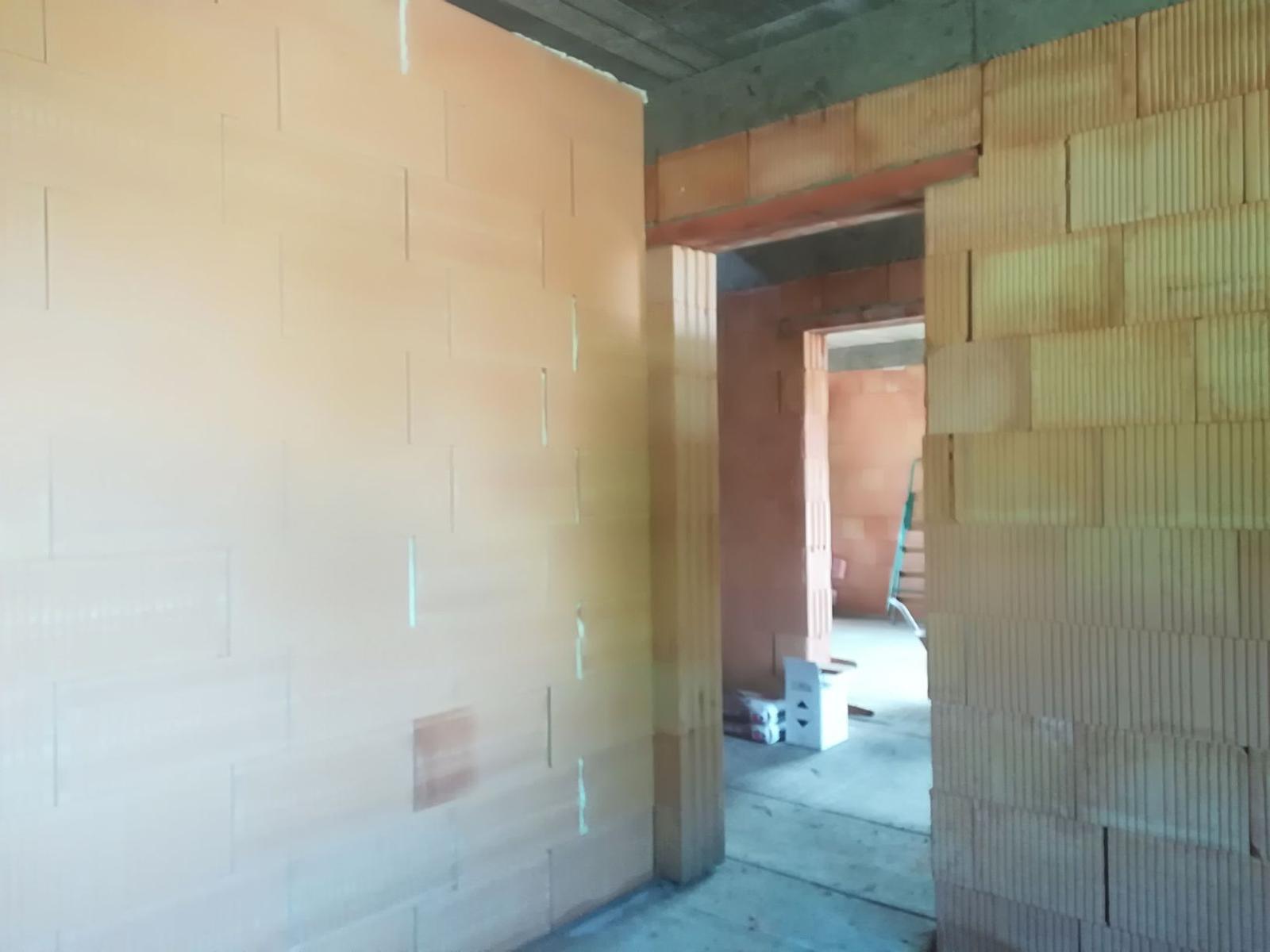Pozemok + projekt + hruba stavba - Obrázok č. 223