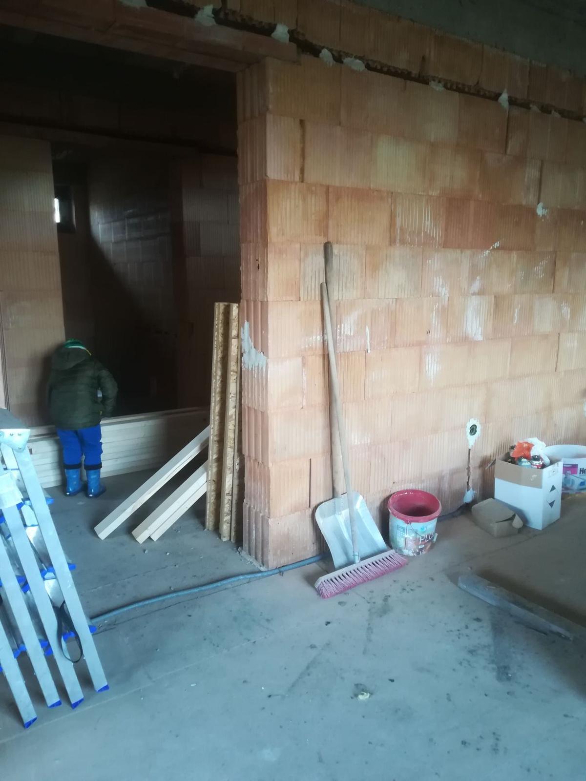 Pozemok + projekt + hruba stavba - Obrázok č. 269