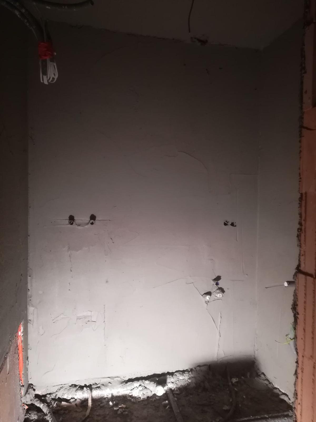 Pozemok + projekt + hruba stavba - Obrázok č. 337