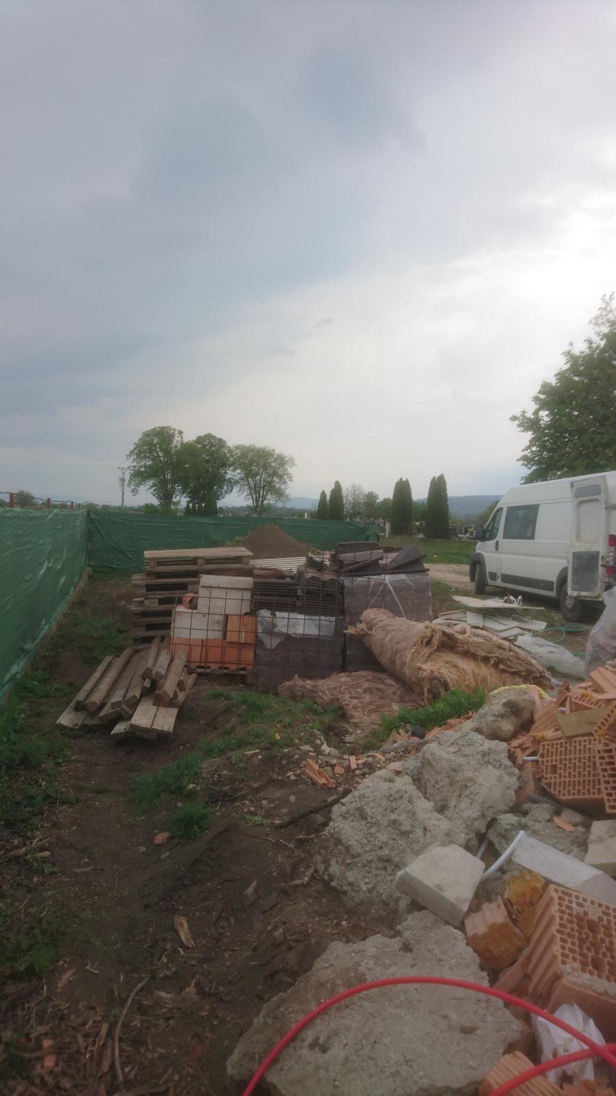 Pozemok + projekt + hruba stavba - Obrázok č. 413
