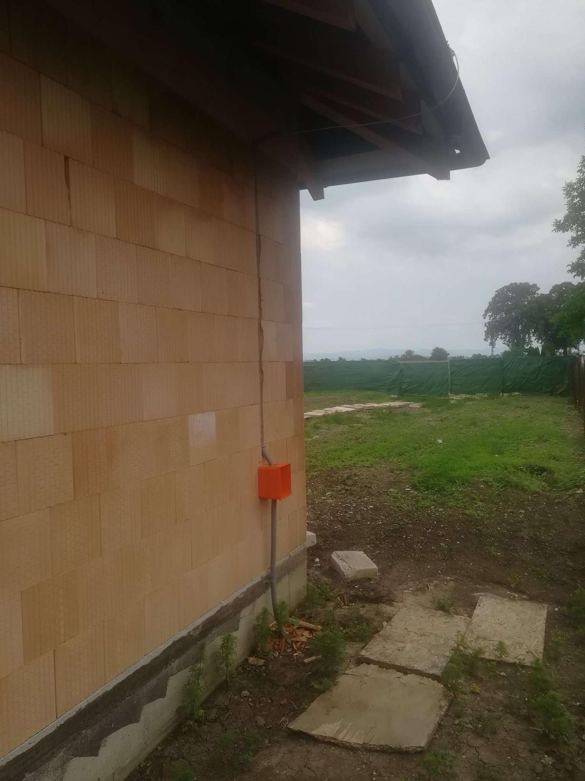 Pozemok + projekt + hruba stavba - Obrázok č. 479