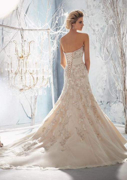 Svatební šaty - inspirace - Obrázek č. 43