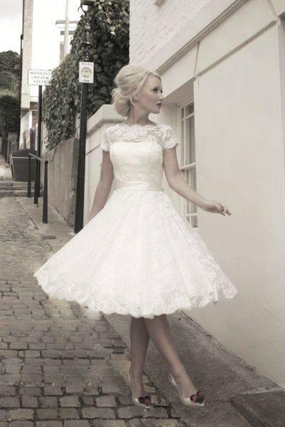Svatební šaty - inspirace - Obrázek č. 32