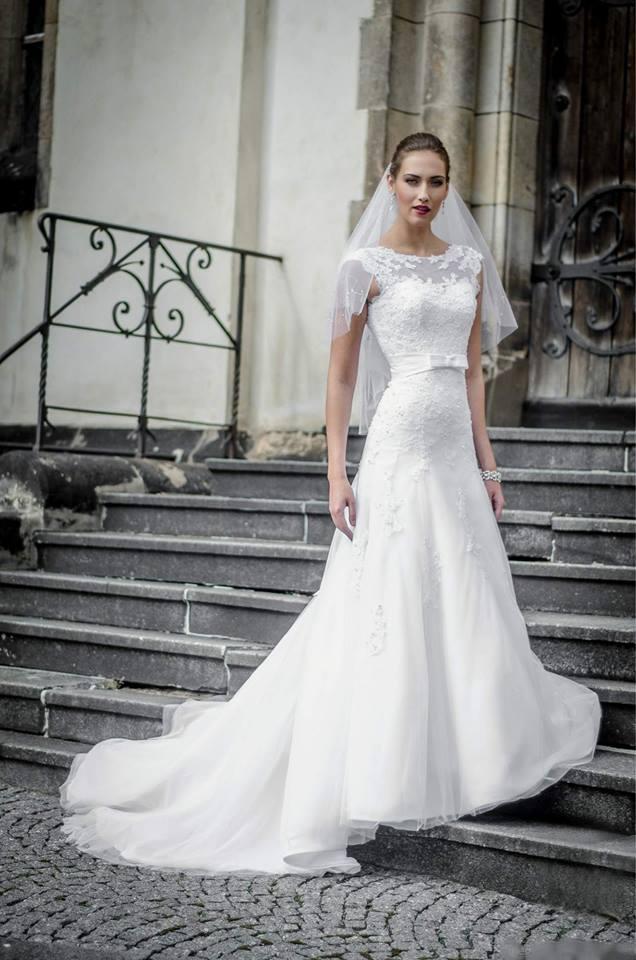 Svatební šaty - inspirace - Obrázek č. 81
