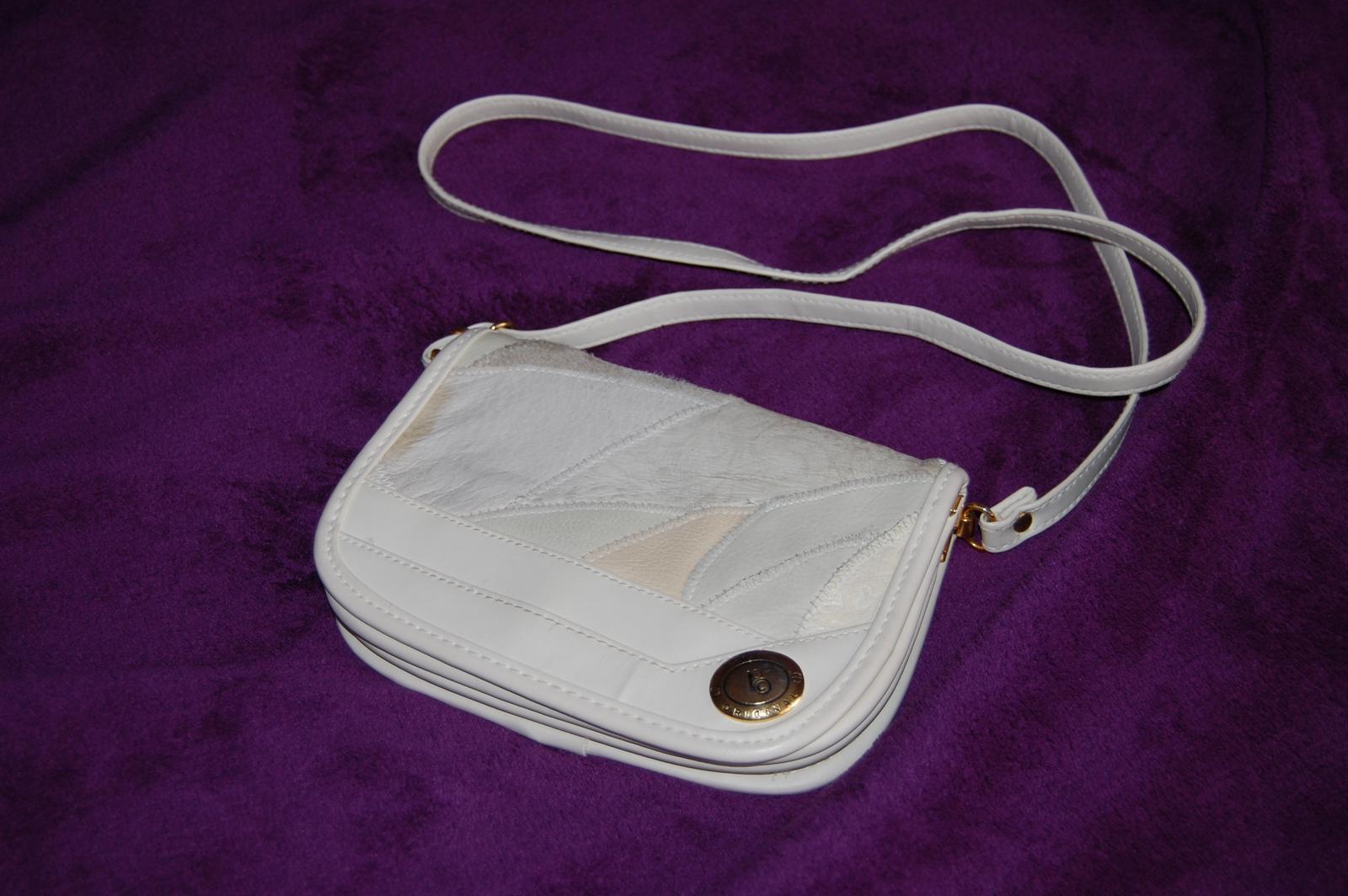 Krémová kabelka - Obrázek č. 1
