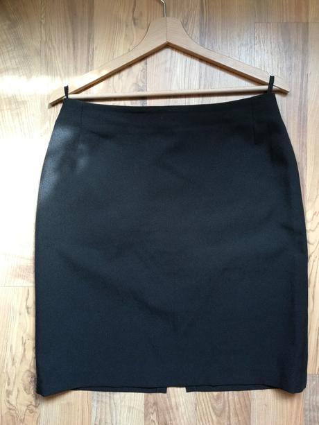 Pouzdrová sukně - Obrázek č. 1