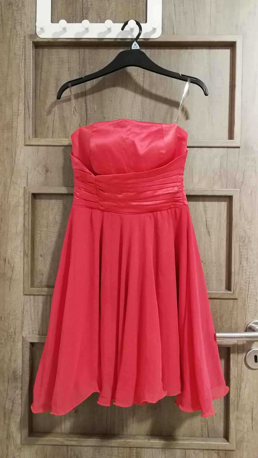 Společenské šaty korálové - Obrázek č. 1