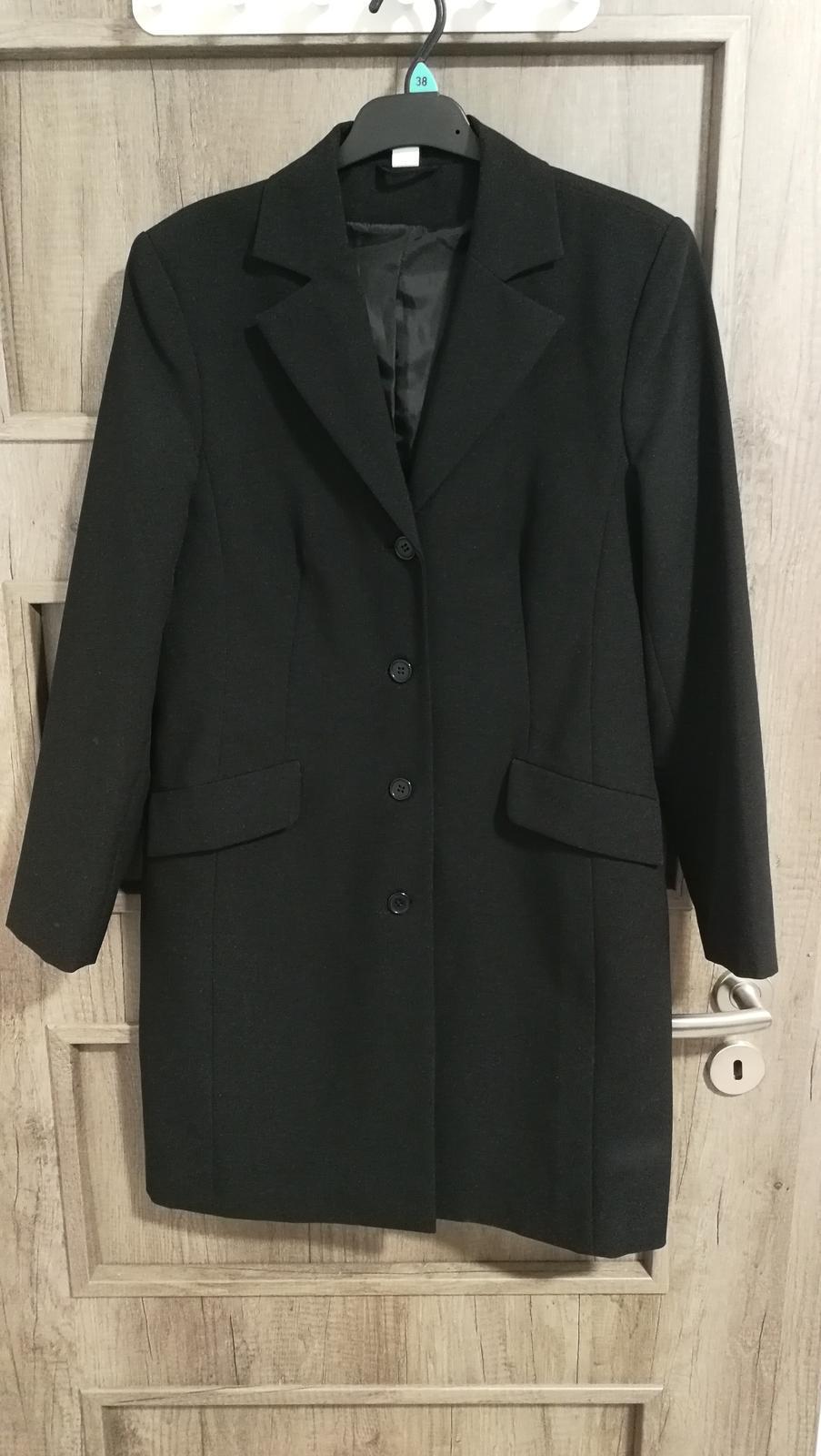 Dámský černý kabátek - zkrácená velikost 19 - Obrázek č. 1