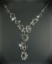 Tak tento náhrdelník budu na svatbě mít :-) ... sháněla jsem jej dlouho, ale nakonec jsem jej přece jen sehnala :-)