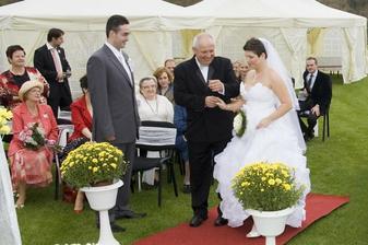 předání nevěsty ženichovi