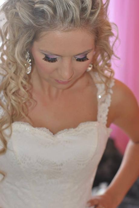 Svadobné šaty v jednoduchosti je krása  - Obrázok č. 4