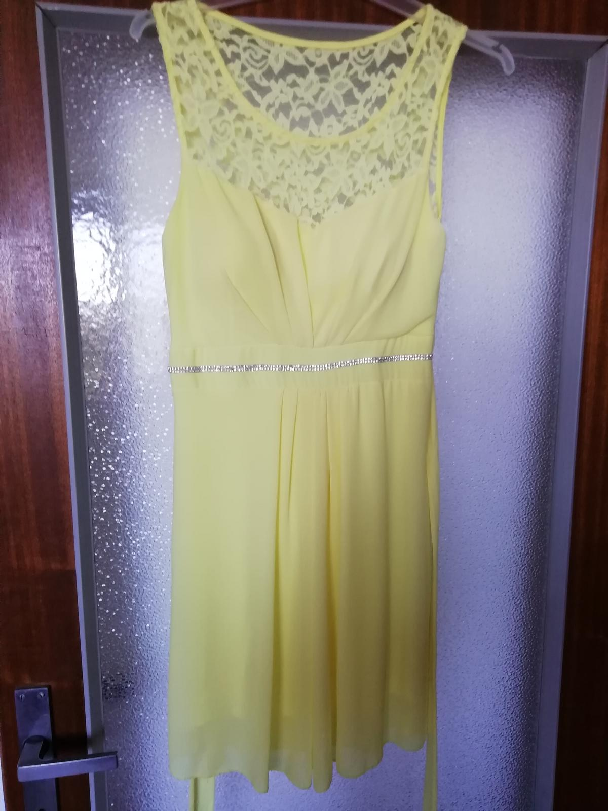 Žlté šaty - Obrázok č. 1