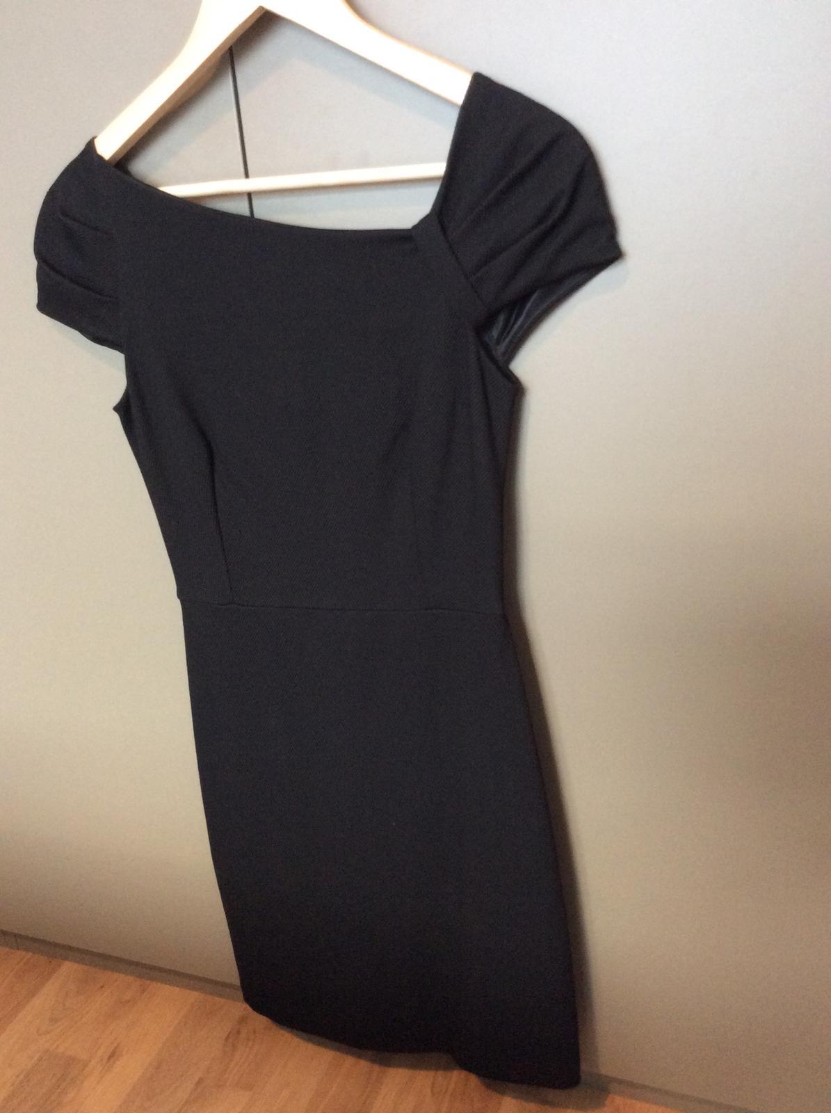 Čierne šaty značky Mango - Obrázok č. 4