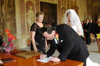 A jeden podpis...