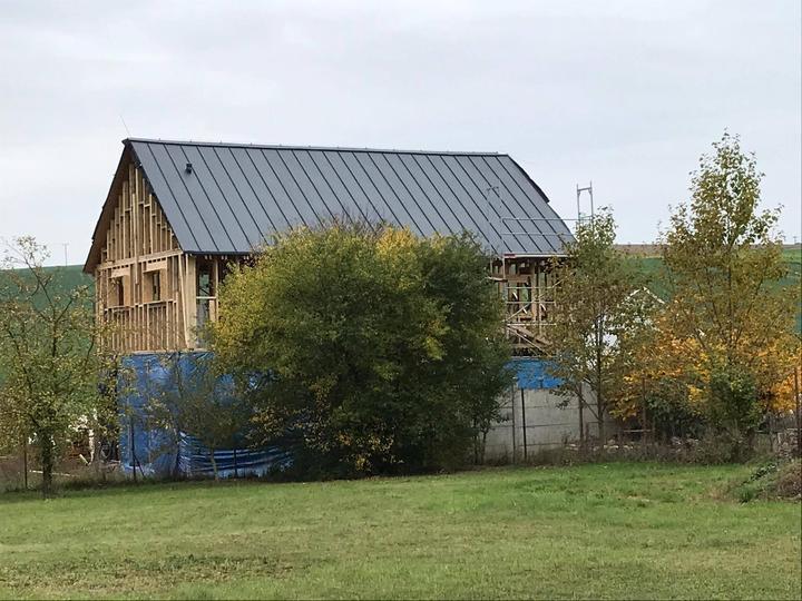 1.10.2017 - hotová střecha - konečně