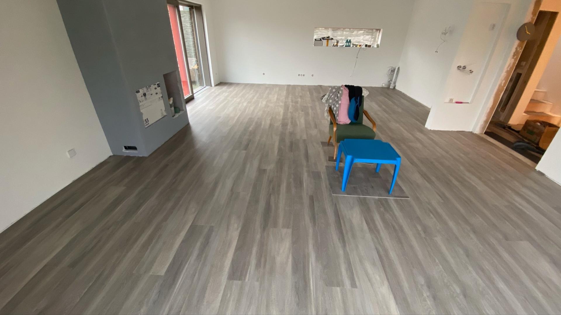 Náš přístav - máme podlahy....