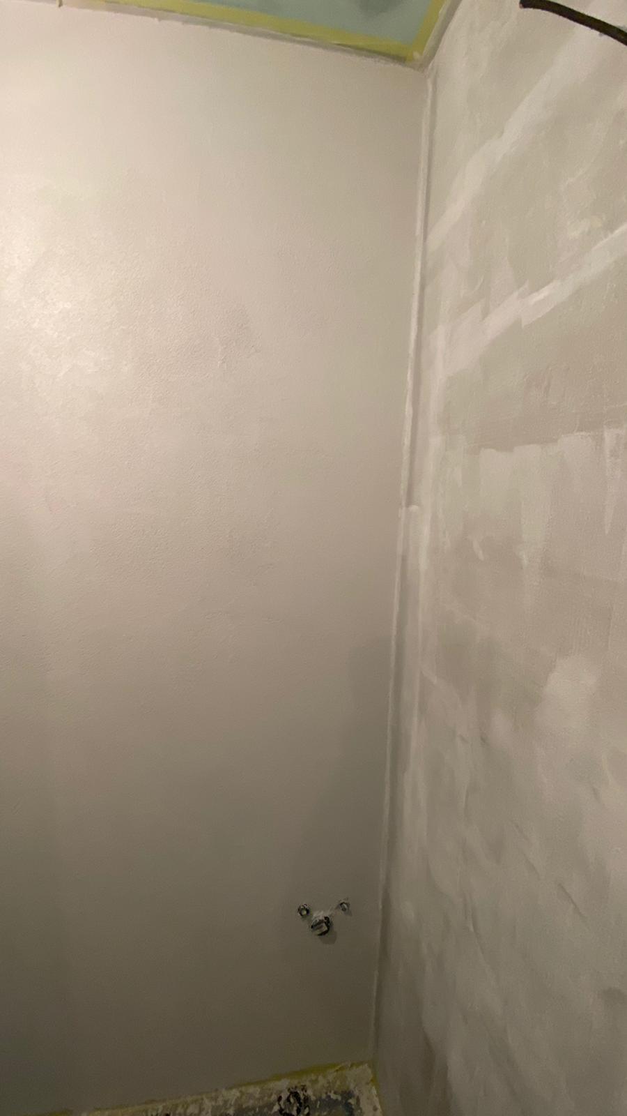 stěrka v první koupelně v procesu :-)) - Obrázek č. 2
