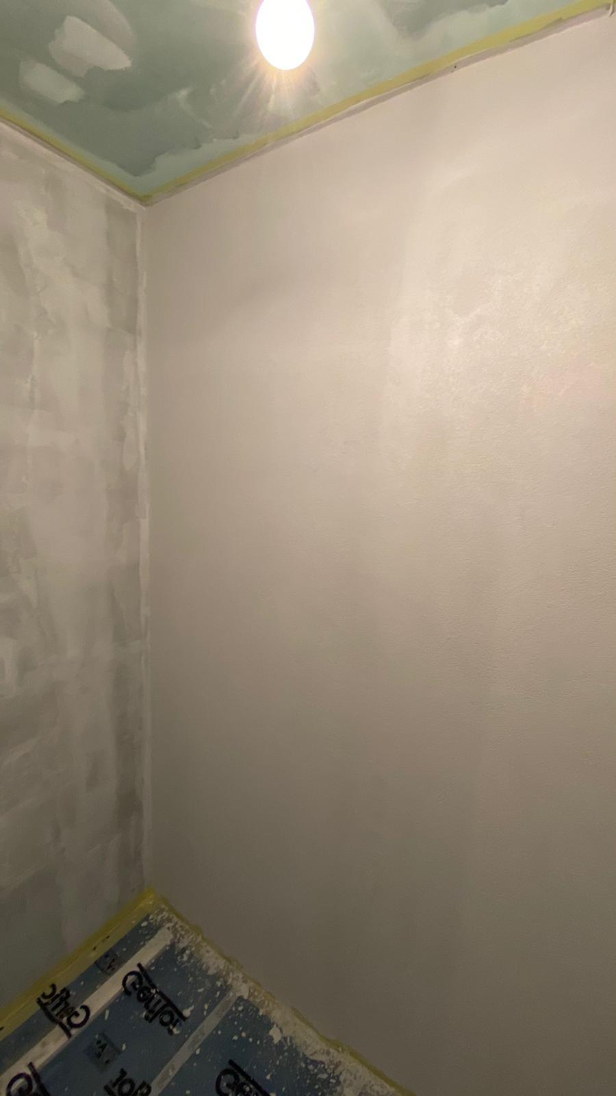 stěrka v první koupelně v procesu :-)) - Obrázek č. 3