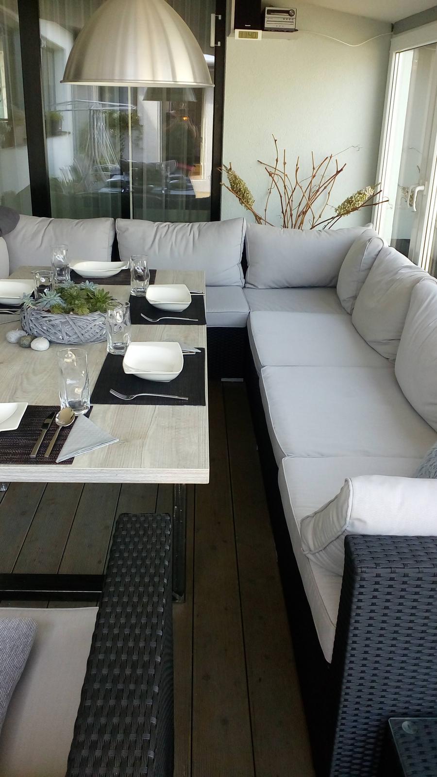 Letní obývák s jídelnou :) - Obrázek č. 1
