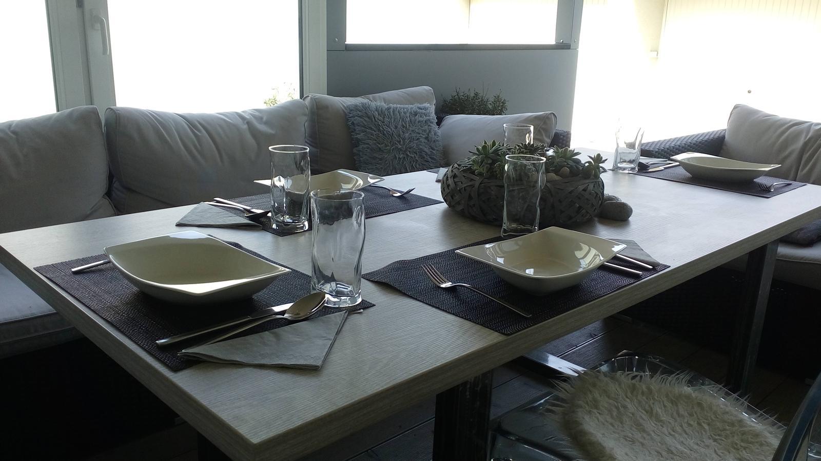 Letní obývák s jídelnou :) - Obrázek č. 2