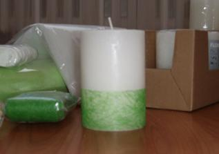 Takto můsíme nalepit všechny svíčky!!