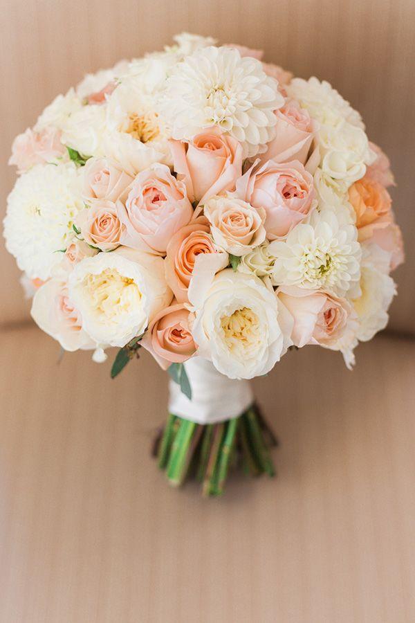 Naše svatební přípravy K+P - S květinářkou jsme se domluvily na této kytici :) Je velmi šikovná a věřím, že to zvládne perfektně napodobit!