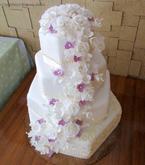 Čtyřpatrový svatební dort