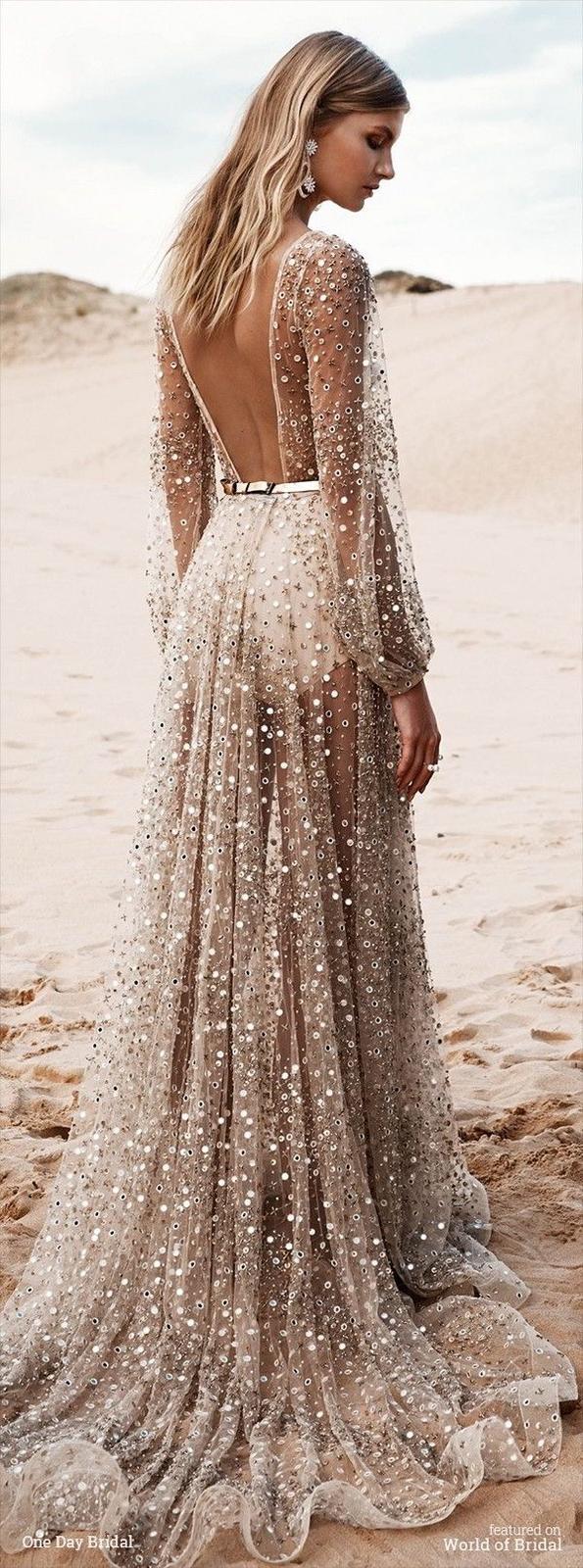 Nápady na méně tradiční svatební šaty - Obrázek č. 2