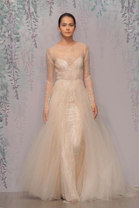 Nápady na méně tradiční svatební šaty - Obrázek č. 3