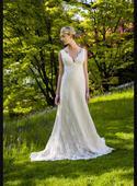 Krajkové svatební šaty Augusta Jones, 38